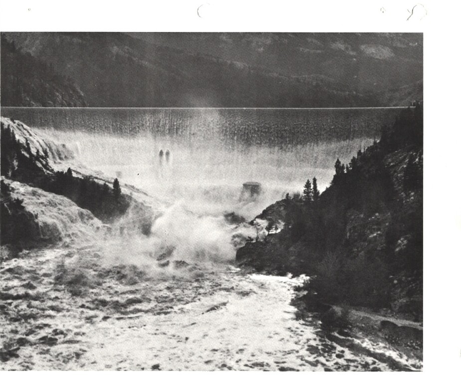 floods1964jun_2sunriver_gibsondam