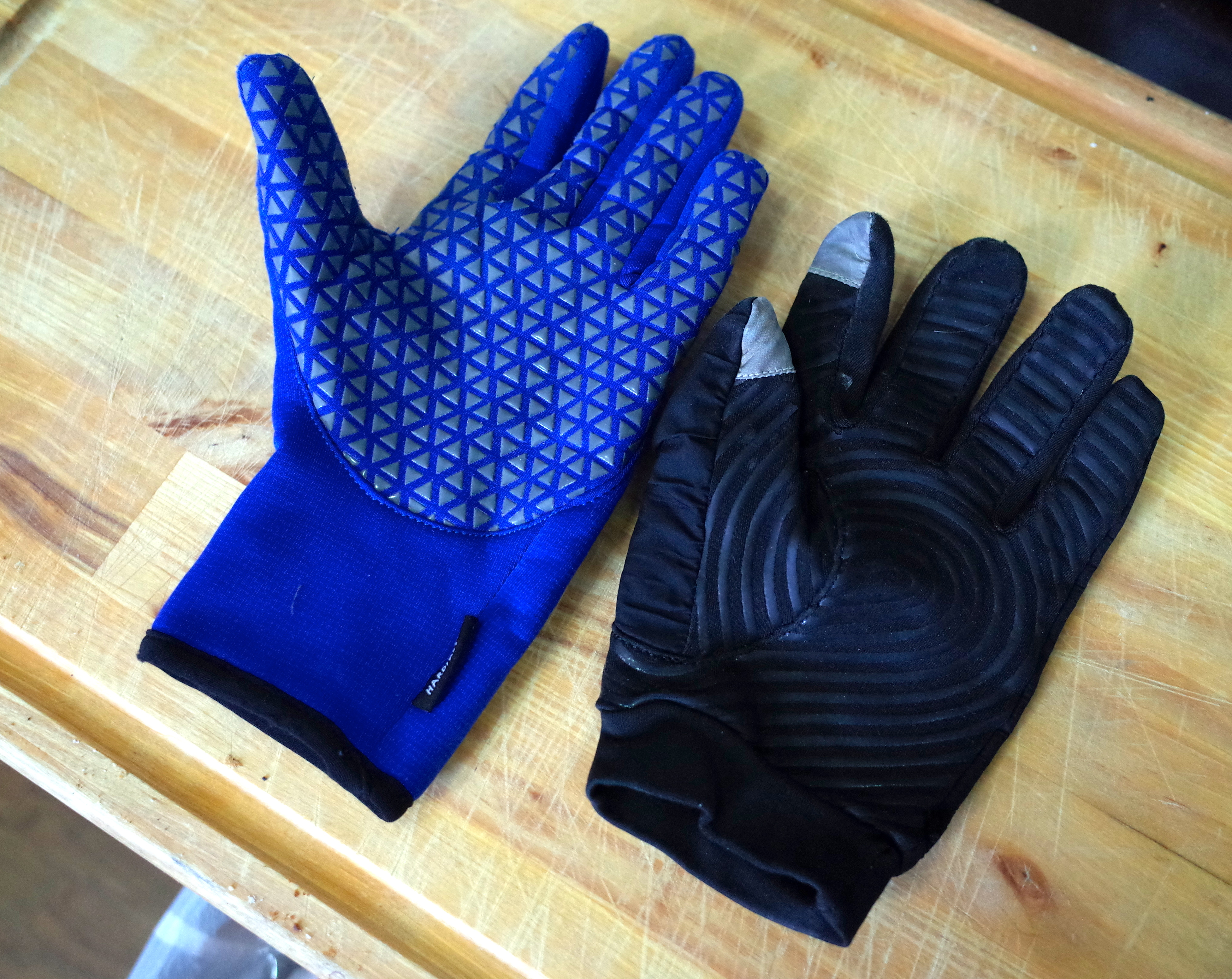 Black grip gloves - The Rab Phantom Grip Is At Left The Black Diamond Mont Blanc At Right The Gloves Pictured Are Both Men S Medium